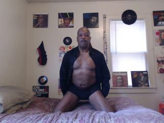 Free chat with mature BlackFantacy needs sexy play time
