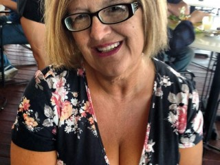Fuck buddy for chat with mature carmenluve wants wanking play