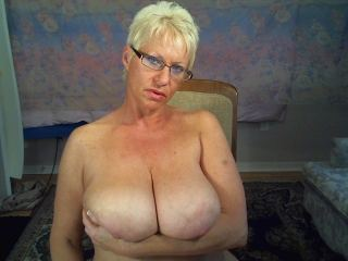 Text chat with mature Elizabeth_Grace needs naughty live fun