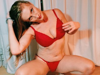 Naughty with mature Rubyrokkit wants cosplay have fun time