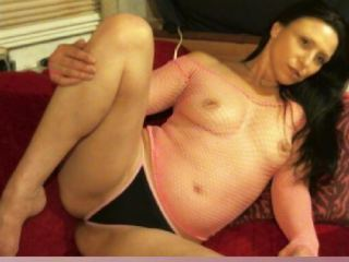 Squirting chat with mature SexyAssAnna seeks wanking have fun