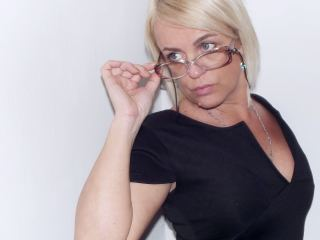 Cam to cam with mature UrBadTeacher desires naughty live play